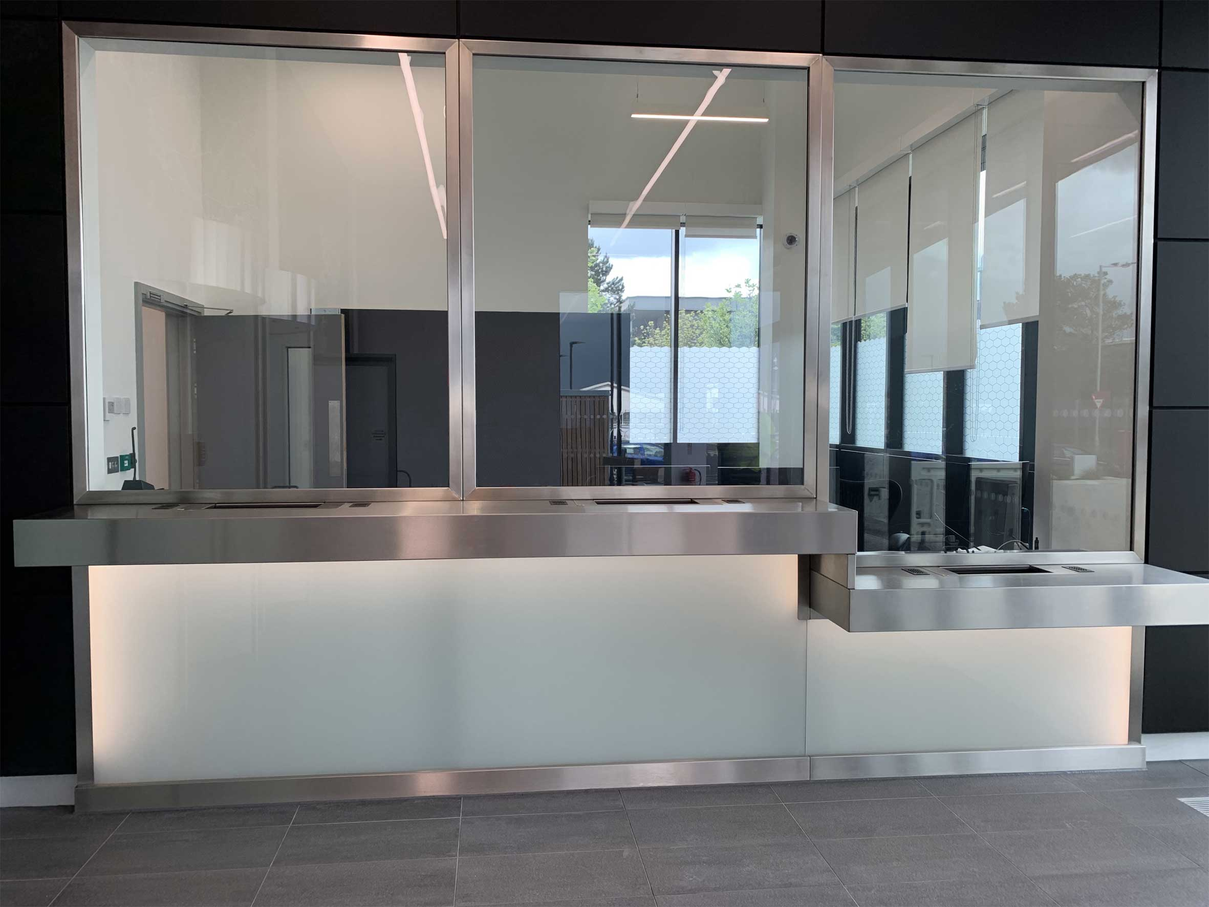 Data Center Security Reception Desk, Counter & Screen.jpg