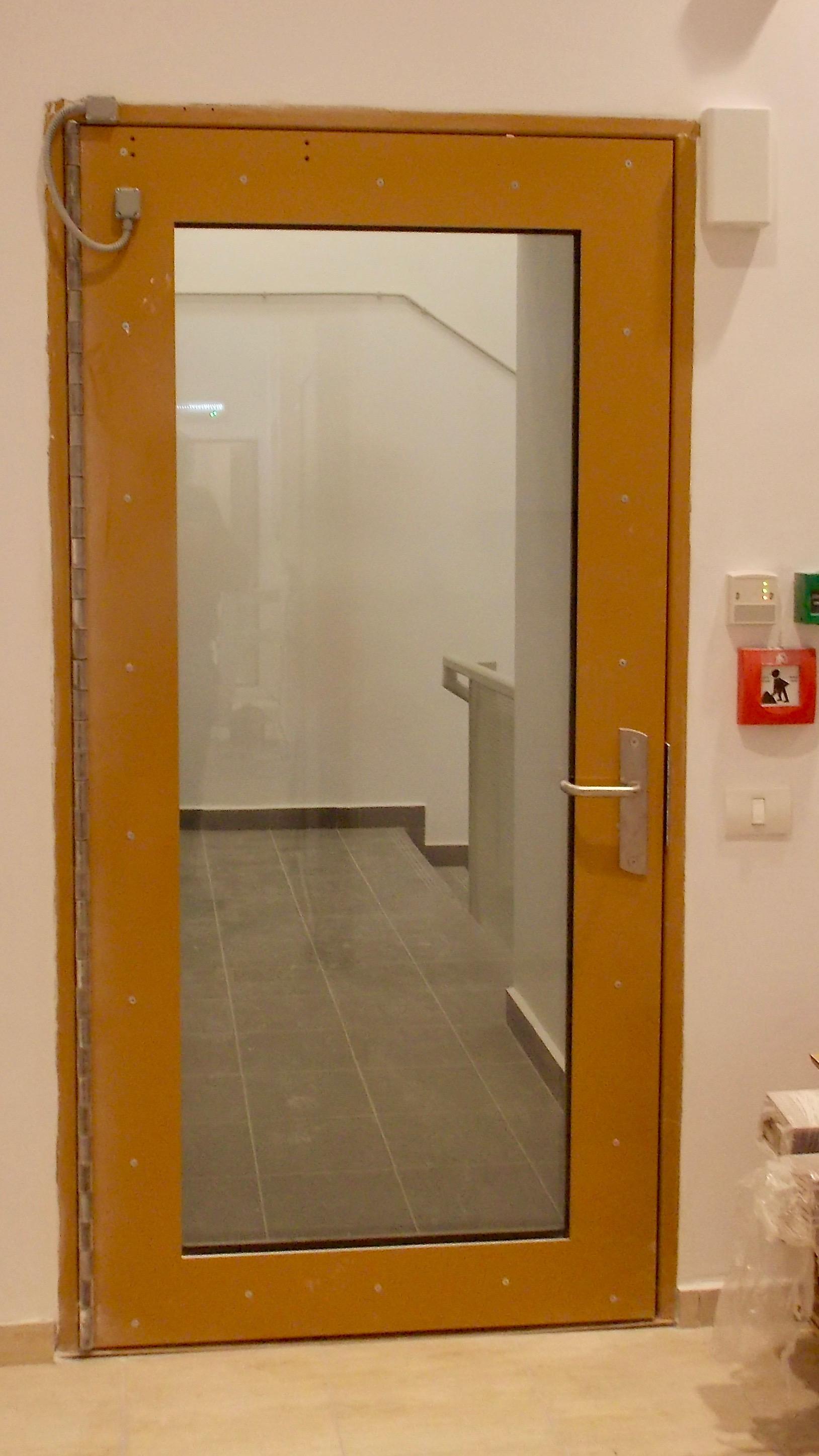 bulletproof glazed door